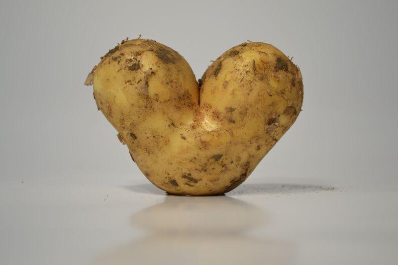Neue Kartoffeln von Hägeles